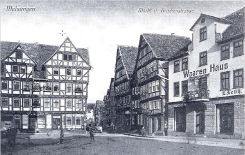 Alte Postkarte vom Markt