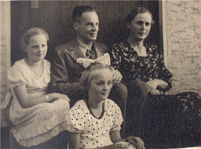 Lessingstr9-ApsenFamilie1936